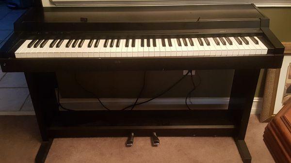 Đàn Piano Điện Yamaha CLP-200Y
