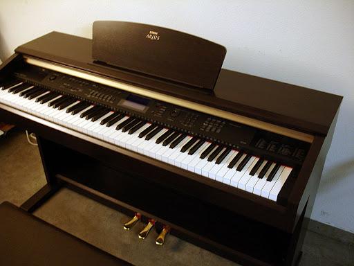 Đàn Piano Điện Yamaha YDP-V240