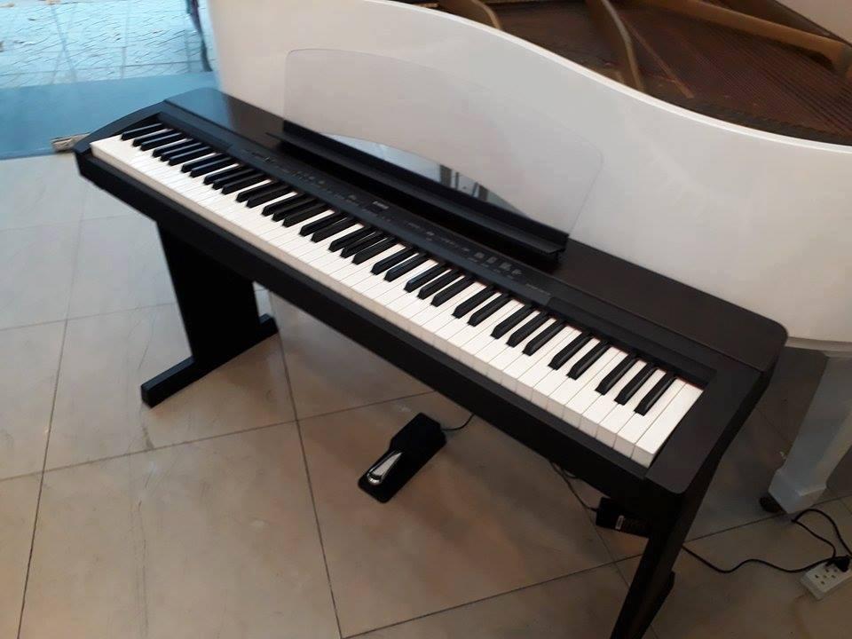 Đàn Piano Yamaha Clavinova P140