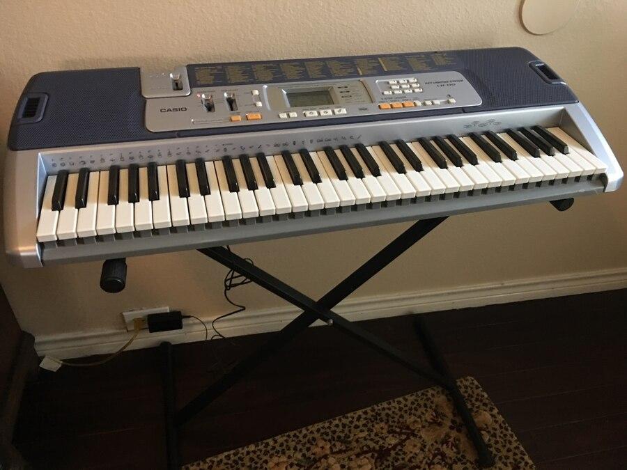 Đàn Organ Casio LK-110