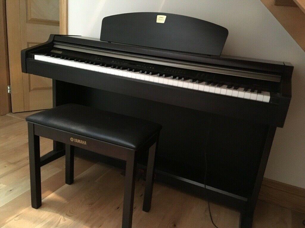 Đàn Piano Yamaha CLP-930