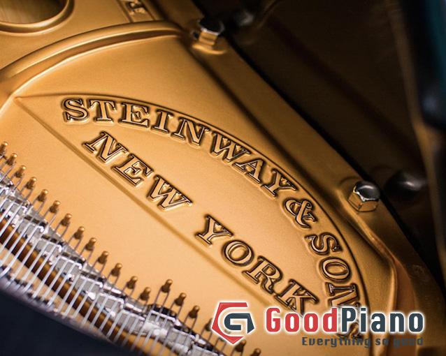 Đàn Piano Steinway & sons S-155