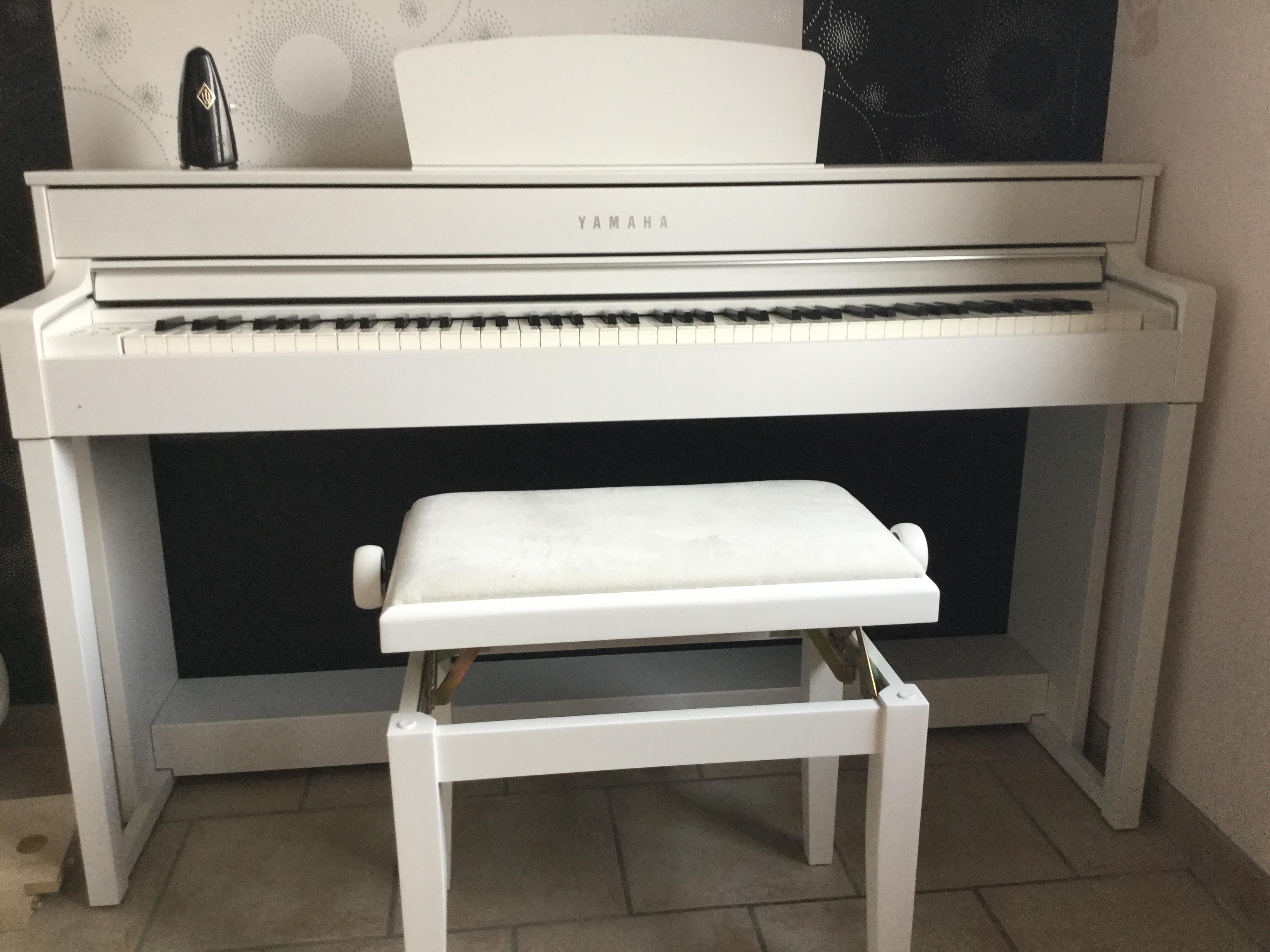 Đàn Piano Điện Clavinova Yamaha CLP-535R