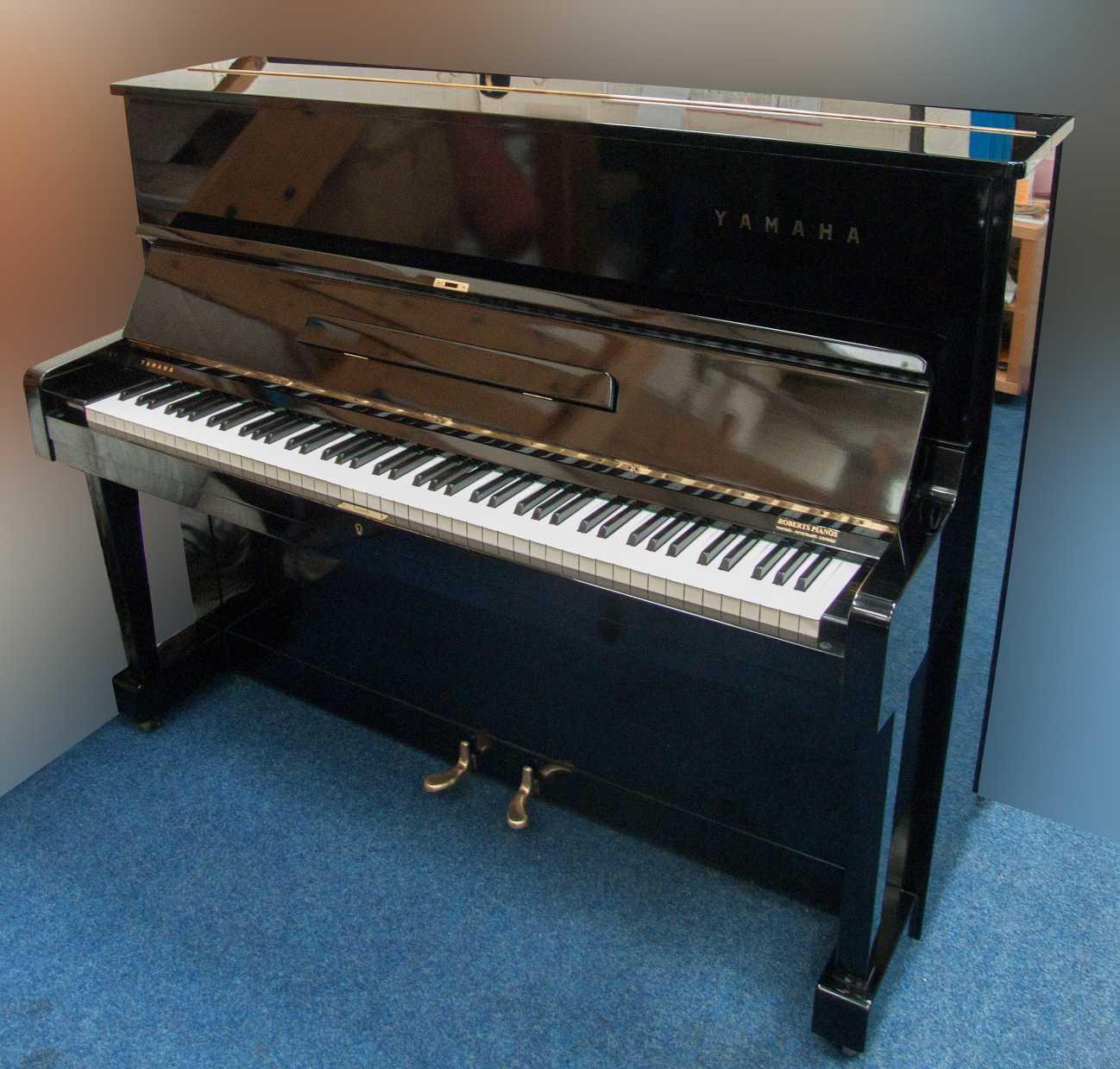 Đàn Piano Yamaha U1D